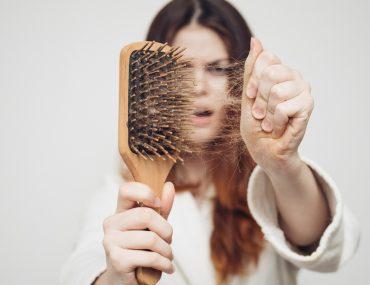 Saç dökülmesine karşı çörek otu