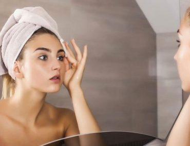 Evde gözenekleri derinlemesine temizleyin